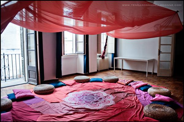 tenda-rossa-delle-donne